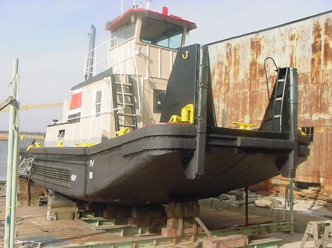 1970-river-bay-push-boat